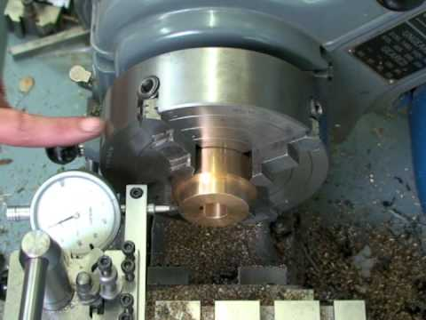 Easy centering 4 jaw chuck